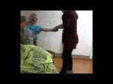 Избиение детей в детском саду!!! Мрази!!! Сажать таких воспитателей!